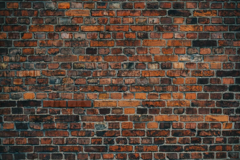Ile kosztuje piaskowanie cegły?